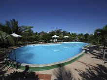 Con Ga Vang Resort (ex. Golden Rooster Resort), 3*