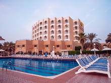 Sharjah Carlton, 4*