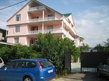 Аэростар (ex. Гаянэ), Гостевой дом