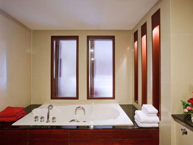 Отель Arinara Bangtao Beach Resort 4* (Таиланд, Пхукет) - цены ... | 480x640